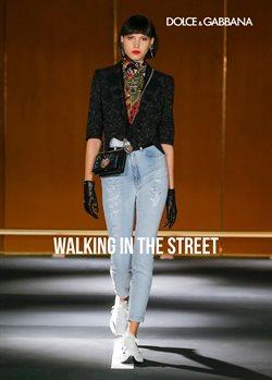 Оферти за Дрехи и обувки в каталога Dolce & Gabbana на в Благоевград ( Повече от 1 месец )